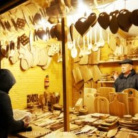 ワルシャワ旧市街イルミネーションとクリスマスマーケット