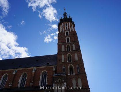 ポーランドイースタークラクフ観光旧市街3月