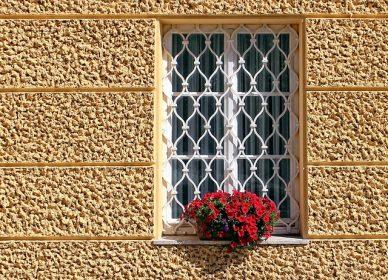 鉄格子窓2