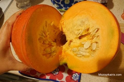 ポーランドの秋のかぼちゃとハロウィーン